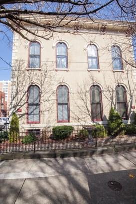 Apartment 5+ Units - Covington, KY (photo 1)