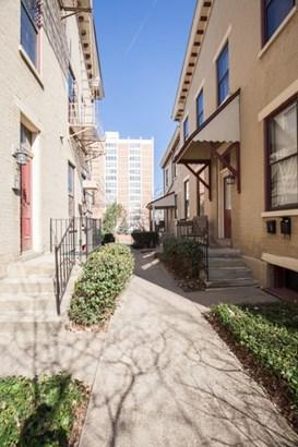 Apartment 5+ Units - Covington, KY (photo 3)