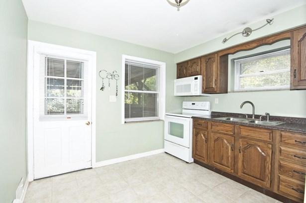 Cape Cod, Single Family Residence - Delhi Twp, OH (photo 5)
