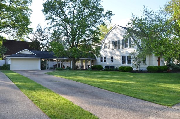 Colonial,Traditional, Single Family,Single Family Detached - Fort Mitchell, KY (photo 2)