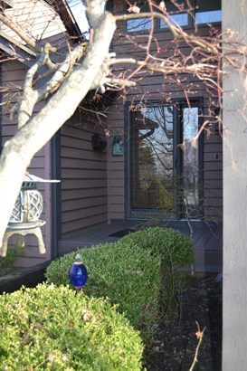 Condominium, Traditional - Middletown, OH (photo 2)
