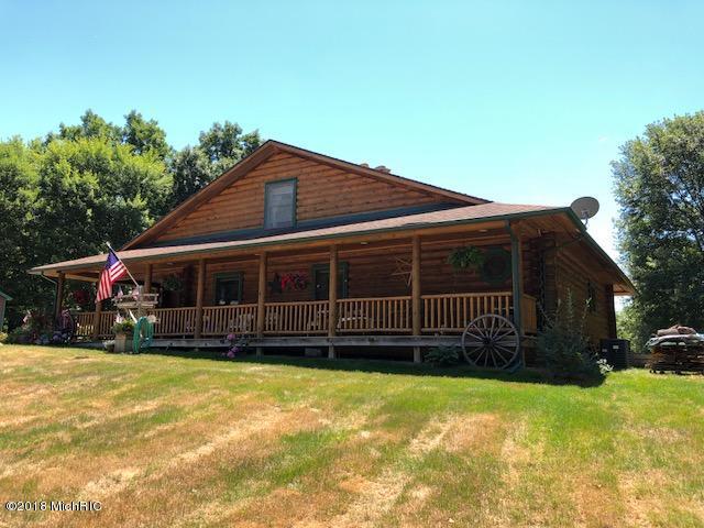 Single Family Residence, Log Home - Augusta, MI