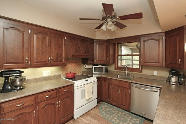 Single Family Residence, Ranch - Schoolcraft, MI (photo 5)