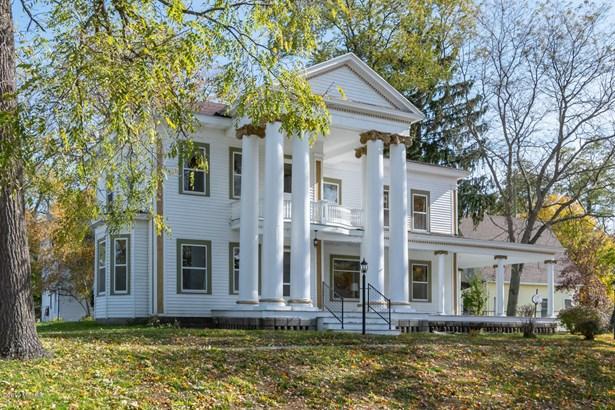 Single Family Residence, Traditional - Allegan, MI