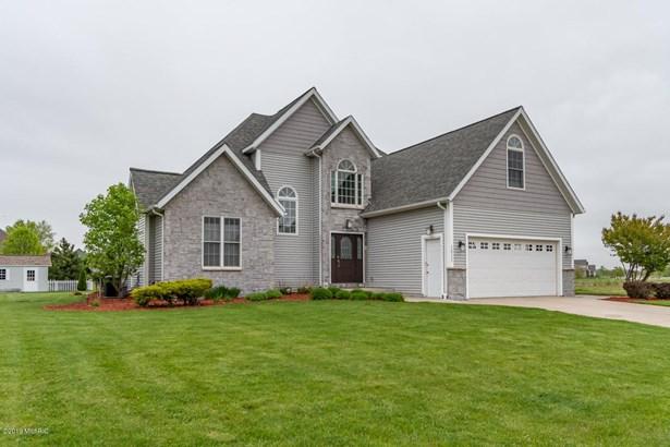 Single Family Residence, Traditional - Stevensville, MI