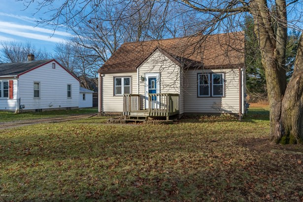 Single Family Residence, Bungalow - Portage, MI