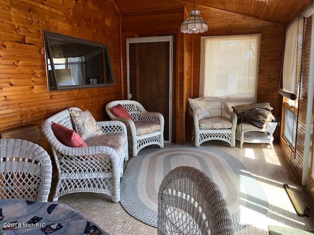 Cabin/Cottage, Single Family Residence - Allegan, MI (photo 3)