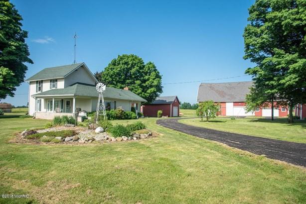 Farm House, Single Family Residence - East Leroy, MI (photo 1)