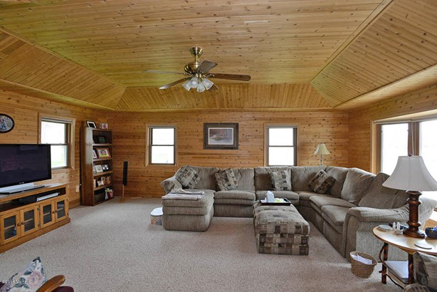 Single Family Residence, Ranch - Delton, MI (photo 2)