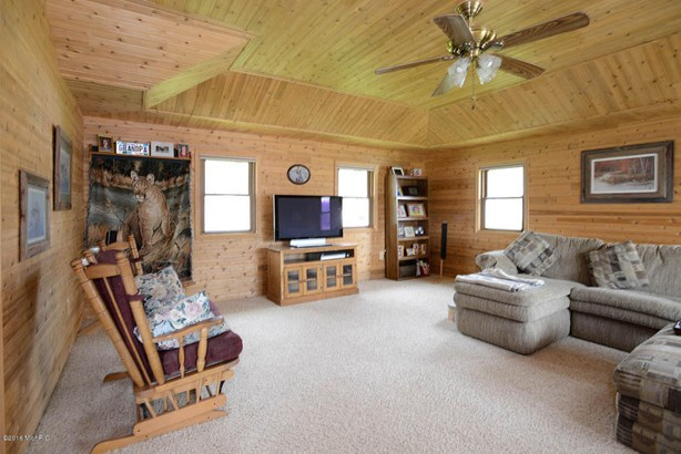 Single Family Residence, Ranch - Delton, MI (photo 3)