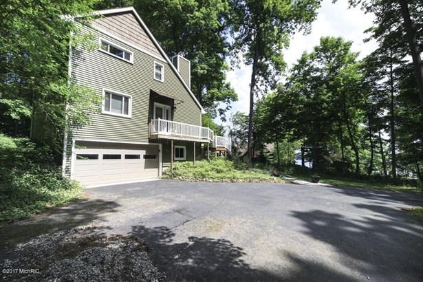 Single Family Residence, Contemporary - Richland, MI (photo 3)