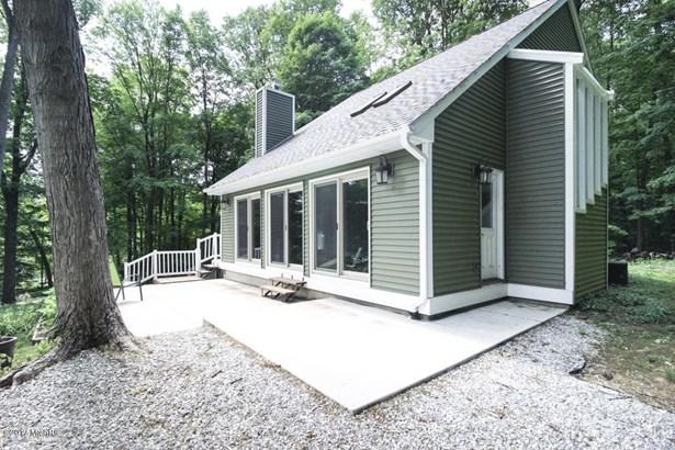 Single Family Residence, Contemporary - Richland, MI (photo 4)
