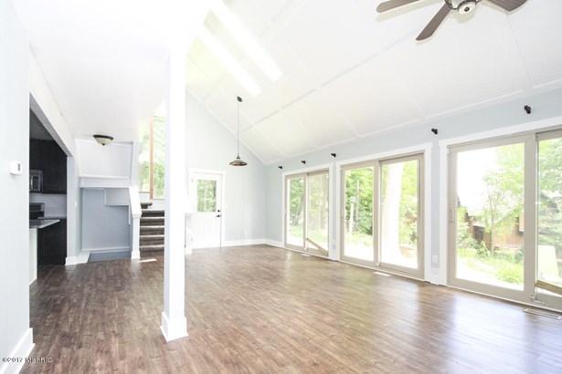 Single Family Residence, Contemporary - Richland, MI (photo 5)