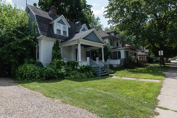 Single Family Residence, Traditional - Kalamazoo, MI (photo 2)