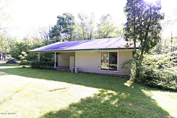 Single Family Residence, Ranch - Paw Paw, MI (photo 2)