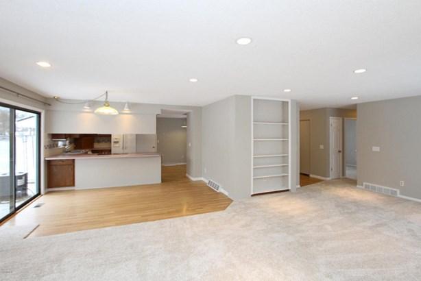Single Family Residence, Ranch - Plainwell, MI (photo 5)