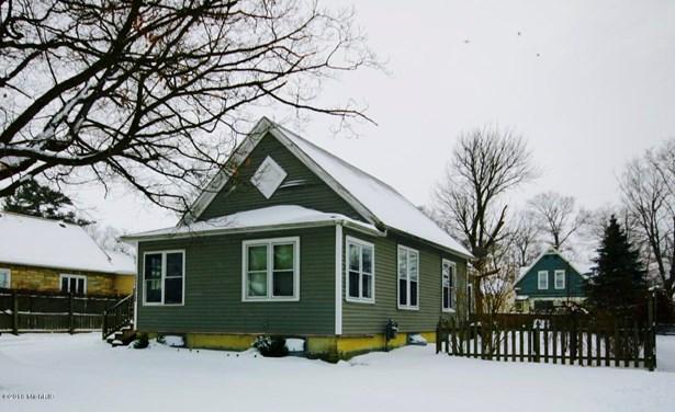 Single Family Residence, Bungalow - Three Oaks, MI (photo 2)