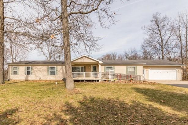 Single Family Residence, Ranch - Schoolcraft, MI (photo 1)