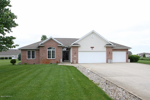Single Family Residence, Ranch - Schoolcraft, MI (photo 1)