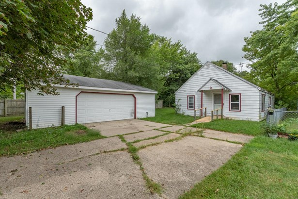 Single Family Residence, Ranch - Portage, MI