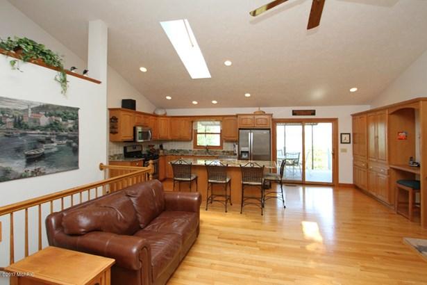 Single Family Residence, Ranch - Vicksburg, MI (photo 5)