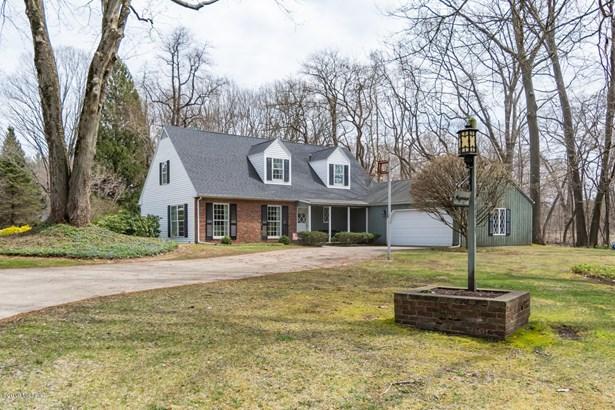 Cape Cod, Single Family Residence - Three Oaks, MI