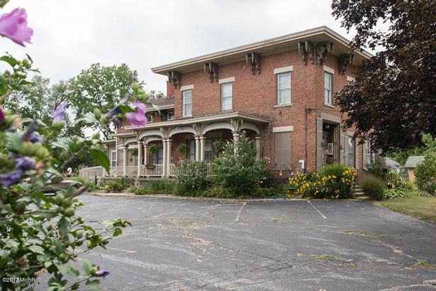 Single Family Residence, Victorian - Battle Creek, MI (photo 3)