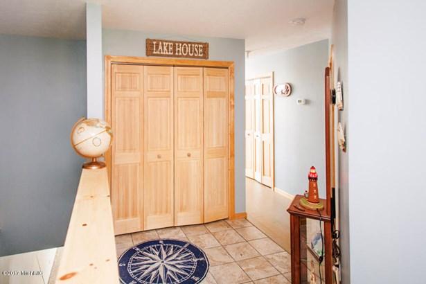 Single Family Residence, Ranch - Delton, MI (photo 2)