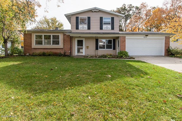 Tri-Level, Single Family Residence - Battle Creek, MI (photo 3)