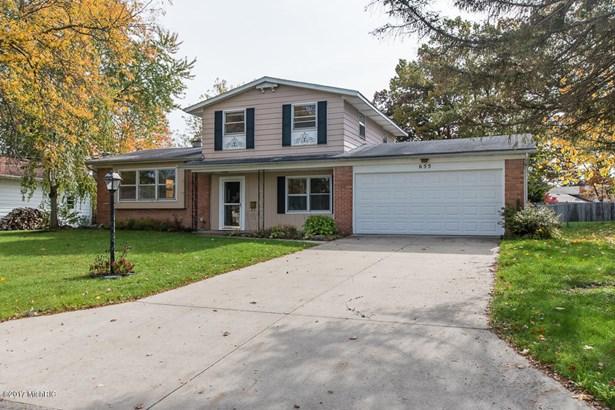 Tri-Level, Single Family Residence - Battle Creek, MI (photo 5)