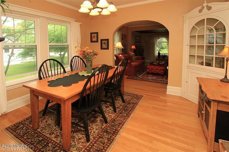Cape Cod, Single Family Residence - Kalamazoo, MI (photo 4)
