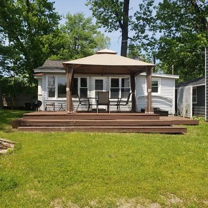 Single Family Residence, Bungalow - Paw Paw, MI