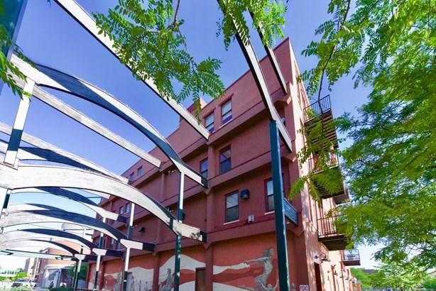 Condominium, Other - Kalamazoo, MI