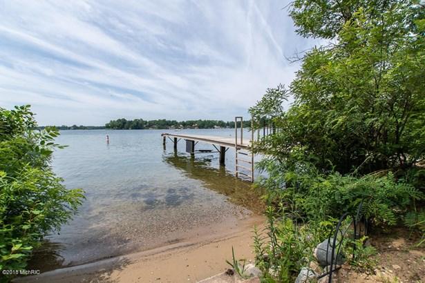 Cabin/Cottage, Single Family Residence - Battle Creek, MI