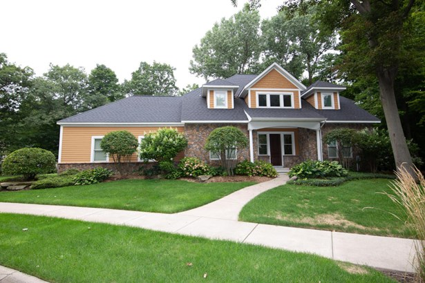Single Family Residence, Traditional - South Haven, MI