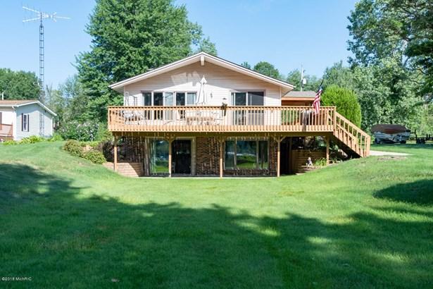 Single Family Residence, Ranch - Grand Junction, MI