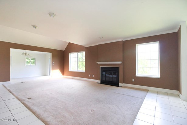 Single Family Residence, Contemporary - Plainwell, MI (photo 5)