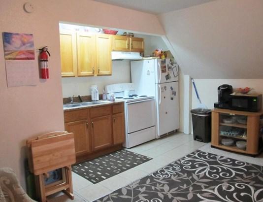 Traditional, Duplex - Kalamazoo, MI (photo 2)