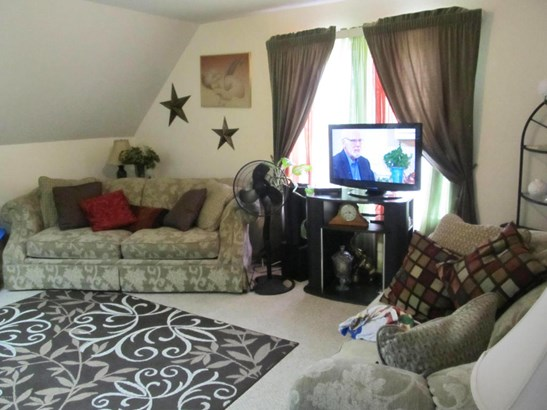 Traditional, Duplex - Kalamazoo, MI (photo 3)