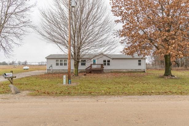 Single Family Residence, Ranch - Colon, MI (photo 2)