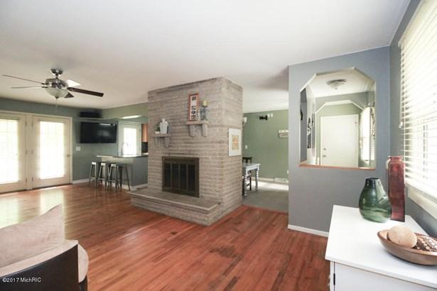 Single Family Residence, Ranch - Galesburg, MI (photo 4)