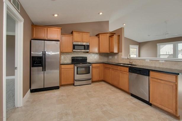 Single Family Residence, Bi-Level - Kalamazoo, MI (photo 3)