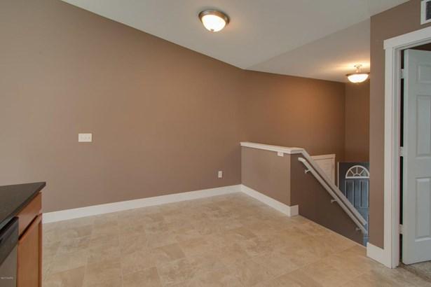 Single Family Residence, Bi-Level - Kalamazoo, MI (photo 4)