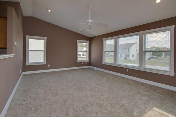 Single Family Residence, Bi-Level - Kalamazoo, MI (photo 5)