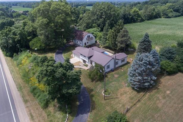 Single Family Residence, Quad Level - Plainwell, MI (photo 4)