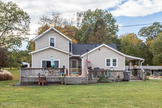 Farm House, Single Family Residence - Battle Creek, MI (photo 3)