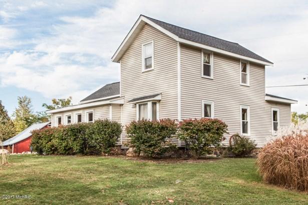 Farm House, Single Family Residence - Battle Creek, MI (photo 4)