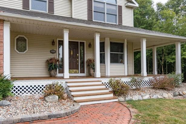 Single Family Residence, Colonial - Schoolcraft, MI (photo 2)