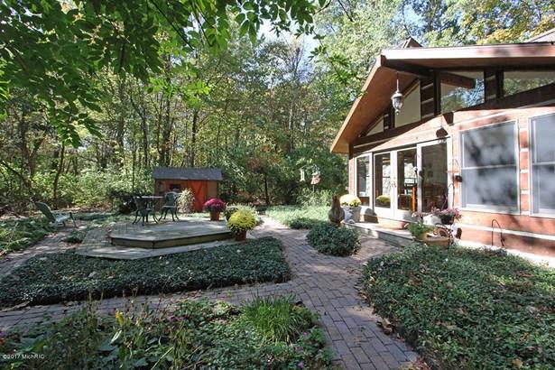 Single Family Residence, Traditional - Augusta, MI (photo 2)