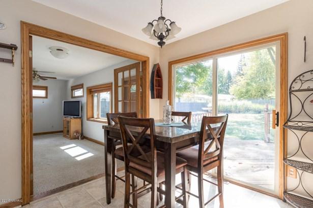 Single Family Residence, Ranch - Portage, MI (photo 4)